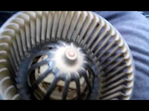 Снятие и частичная разборка мотора печки Пежо 406