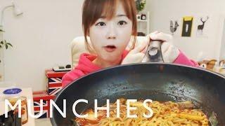 getlinkyoutube.com-The Food Porn Superstars of South Korea: Mukbang