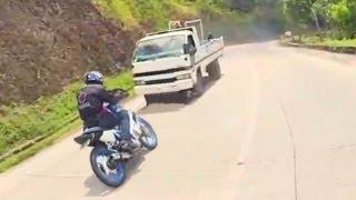 getlinkyoutube.com-Close Call Almost Hapit Muntikan Racing @ Malita with Yamaha Sniper Suzuki Raider Honda XR200