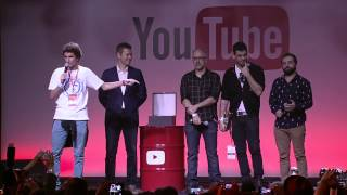 getlinkyoutube.com-Porta dos Fundos - Play de Diamante  @ YouTube FanFest Brasil 2015