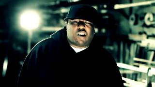 E-40 - He's a gangsta (feat. kaveo & the jacka)