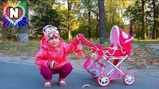 "getlinkyoutube.com-Pram ""Masha and the Bear""Парк развлечений ,Коляска ""Маша и Медведь""Прогулка с малышом игрушки киндер"