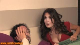 getlinkyoutube.com-Amore superdotato - video comico divertente