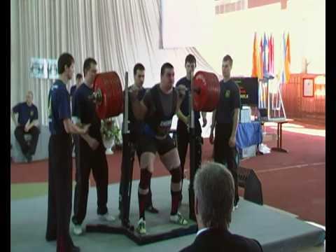 Алeксандр Шeпeль присeдаeт с 427,5 кг
