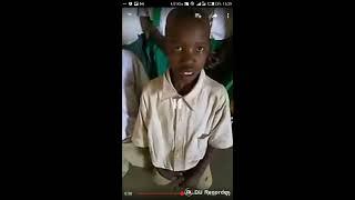 wanafunzi darasa la 3 wafumwa wakitombana chooni bila condom