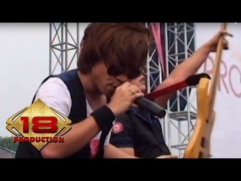 Video De J-rock - Lepaskan Diriku   (live Konser Sukabumi 12 Februari 2011)
