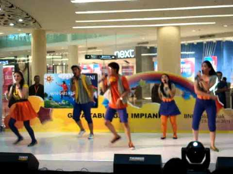 Lagu Anak - Medley: Mari Beramai-Ramai Ke Laut & Kapal Api by Popzzle