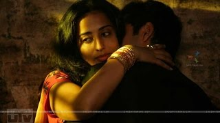 Abhay Deol and Mahie Gill In Bed   Dev D