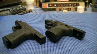 getlinkyoutube.com-Glock 19 vs S&W M&P 9c on the Table