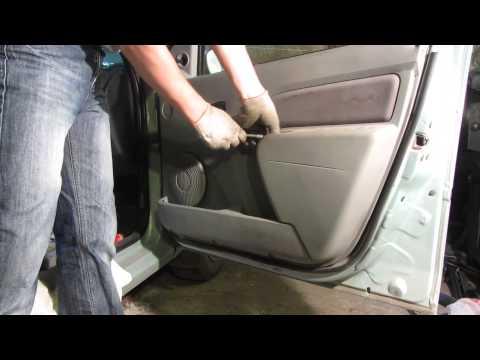 Как снять обшивку двери на Рено Логан (Renault Logan)