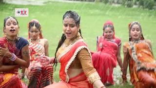 पानी में भीगे जवानी - Nisha Pandey का Superhit Barsat Song - Paani Me Bhige Jawani - Bhojpuri Video width=