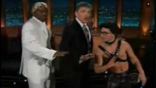 getlinkyoutube.com-Craig Ferguson Intro - Singing Oops I Did It Again