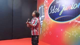 getlinkyoutube.com-Farizal anak pengamen audisi Idola Junior