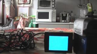 getlinkyoutube.com-costruire un microfono stetoscopio per ascoltare attraverso i muri