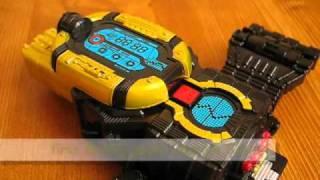 getlinkyoutube.com-Kamen Rider W Memory Gadget Series 01&02 (Stag Phone&Spider Shock)