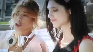 Violetta 3~ violetta écoute les chansons de alex