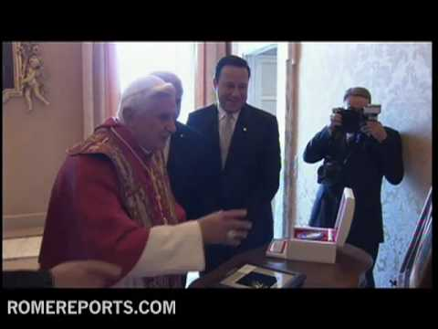 President of Panama Ricardo Martinelli Berrocal meets with the pope