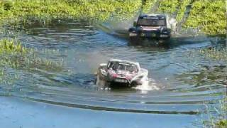 getlinkyoutube.com-RC Traxxas Slash 4x4 / Jammin SCRT10 Bashing, Racing, Jumping Fun