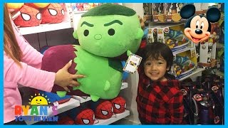 getlinkyoutube.com-Disney Store Family Fun Adventure with Disney Toys Cars SuperHeroes Mickey Mouse Ryan ToysReview