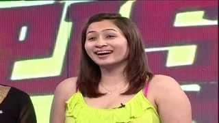 getlinkyoutube.com-Jwala Gutta At Luck Unte Lakshmi Old Memories