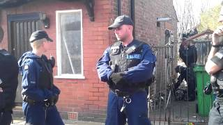 getlinkyoutube.com-Wesley Ahmed & Beat the bailiffs & the banks Vs Greater Manchester police