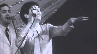 getlinkyoutube.com-ЛИЛИ ИВАНОВА: НЕСПОКОЙНО СЪРЦЕ / LILI IVANOVA: EXCITED HEART (Music Video)