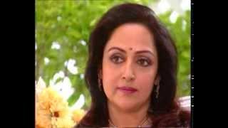 getlinkyoutube.com-Rendezvous with Simi Garewal - Hema Malini with Esha & Ahana (1999)