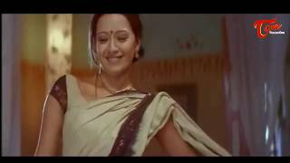 Reema Sen Saree Removing Scene || Best Romantic Scene of Tollywood #146