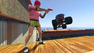 getlinkyoutube.com-CORRE O TE ATROPELLO!! COCHES GIGANTES!! - GTA V ONLINE