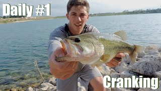 Bass Daily #1: Deep Summer Cranking (Vlog)