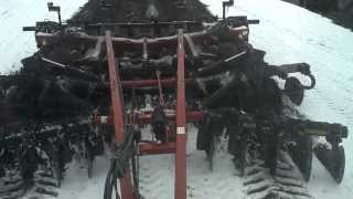 getlinkyoutube.com-Ripping Snow with Challenger MT765B and Case-IH 730C Ecolo-Tiger Disk Ripper
