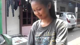 Vokalis cantik ghanong by rudi habibi