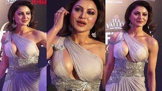 Urvashi Rautela H0T Dress Look At Filmfare Awards 2019