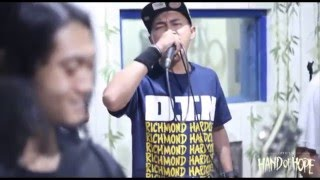 "getlinkyoutube.com-Hand Of Hope - Tangan Harapan ""Live at Studio"" Official Video"