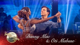 getlinkyoutube.com-Danny & Oti American Smooth to 'Misty Blue' by Dorothy Moore - Strictly Come Dancing 2016: Week 12
