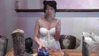 getlinkyoutube.com-Swarovski Crystal Rhinestone Pick it Up Vacuum Tool Instructional Application Video