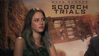 getlinkyoutube.com-'The Scorch Trials' actress shares awkward moment w/ co-star