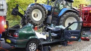 getlinkyoutube.com-Tractor CRASH UNFALL ACCIDENT & Maisernte COMPILATION 2014 AGRIbumper system the Tractorbumper