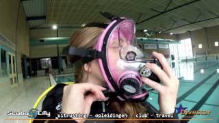 getlinkyoutube.com-Hoe zet je een volgelaatsmasker/Full Face Mask goed op? (NL)