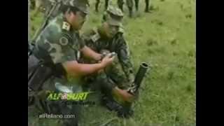getlinkyoutube.com-SUSTOS,GOLPES,ACCIDENTES CON ARMAS PARA MORIRSE DE LA RISA.