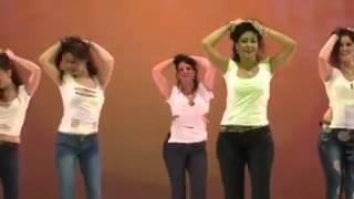 getlinkyoutube.com-رقص على الطبلة .. بنات مشكلة من المجر (أوروبا)
