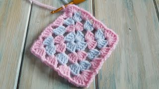 getlinkyoutube.com-(crochet) How To Crochet the Traditional Granny Square - Yarn Scrap Friday