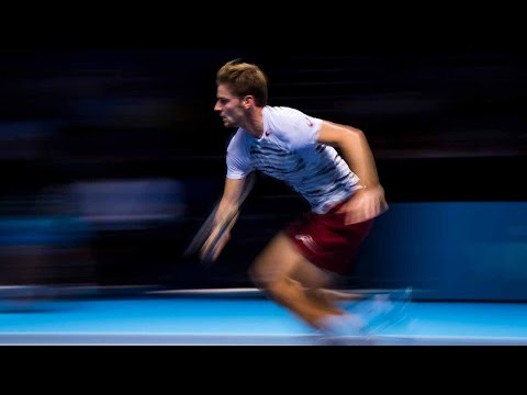 Goffin Hangs In For A Hot Shot