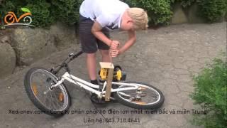 getlinkyoutube.com-Trẻ con tăng tốc độ cho xe đạp bằng máy khoan