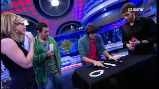 getlinkyoutube.com-Luis Piedrahita Magia Inexplicable 18 (Jennifer Aniston y Adam Sadler)