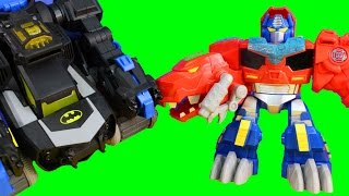 getlinkyoutube.com-Imaginext Joker Controls Robot Transformers And Batman Transforming Batbot Optimus Prime Stops Joker
