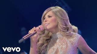 getlinkyoutube.com-Gloria Trevi - Me Siento Tan Sola (Live)