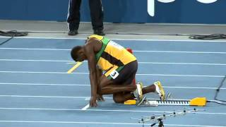 getlinkyoutube.com-Usain Bolt Wins 200m at 2011 World Championships  in 19.40 seconds