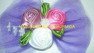 getlinkyoutube.com-flor kanzashi  pequeña para decorar centro de mops- video  128 Manualidades la Hormiga