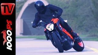 getlinkyoutube.com-☆Actionvideo☆ KTM 1290 Super Duke R Prototype ☆Real Driving Scenes☆